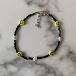 Smile & daisy chain bracelet